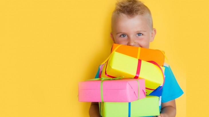 Regali Per Bambini: I Giocattoli Giusti Per Ogni Età
